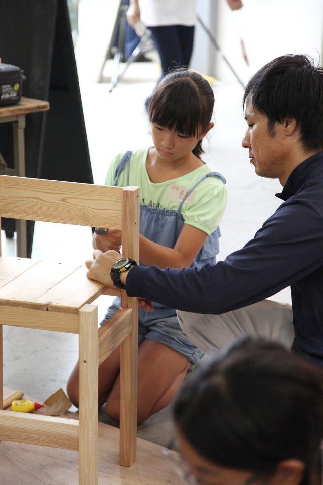 小学生くらいのお子さんにちょうどいい「学童椅子」も