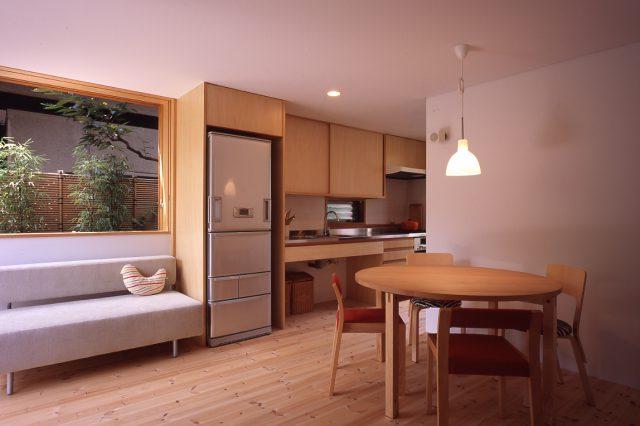 東京町家・9坪の家(2006年)エコビルド賞、他多数受賞