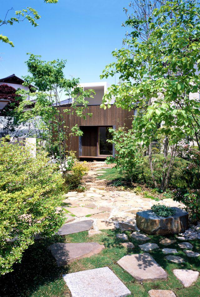 つむじ(舎庫)の庭風景