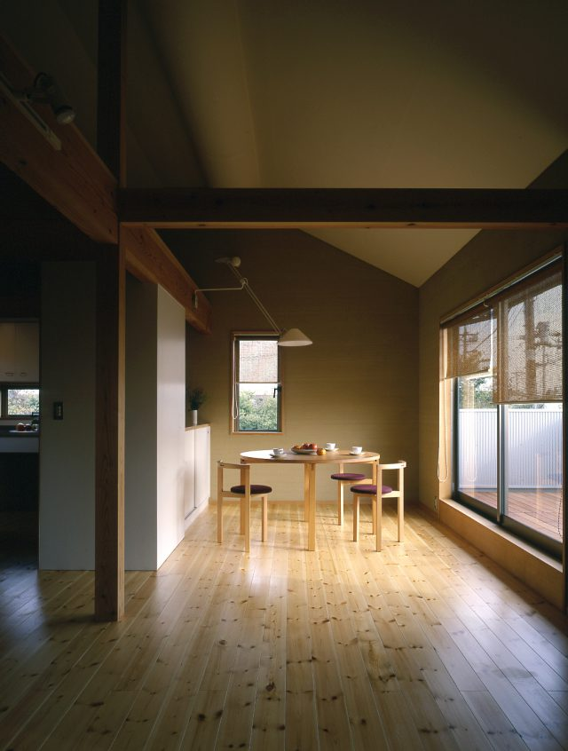 久米川の家(2001年)
