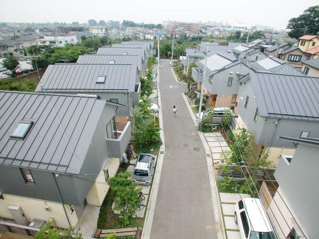完成したソーラータウン久米川の街並み。