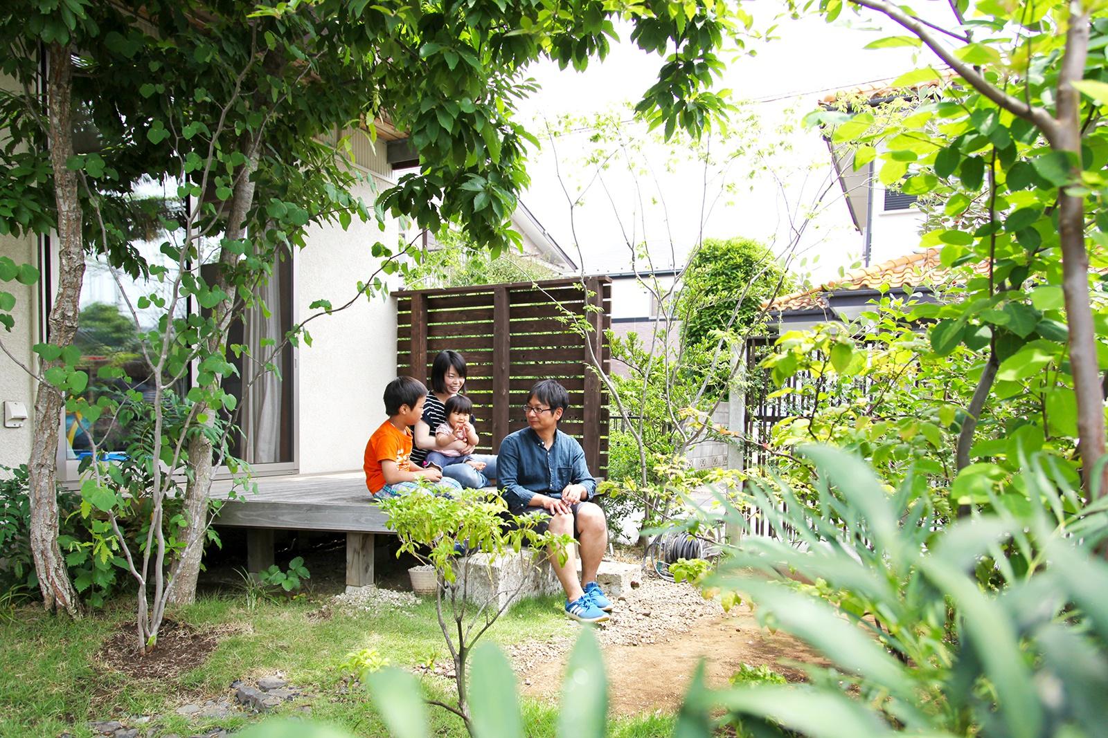 本と緑とゆったりカフェのような暮らし