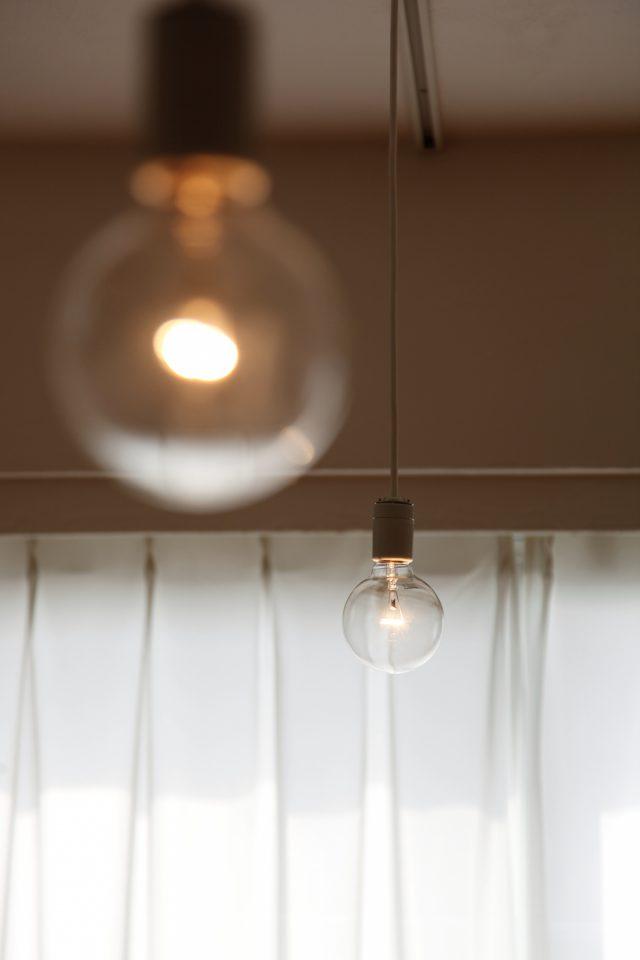 シンプルな照明