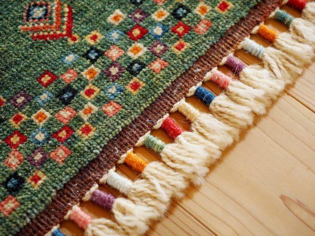 トルコに訪れた際に絨毯に惚れ込み、現在20点ほどのコレクションがあるそう。