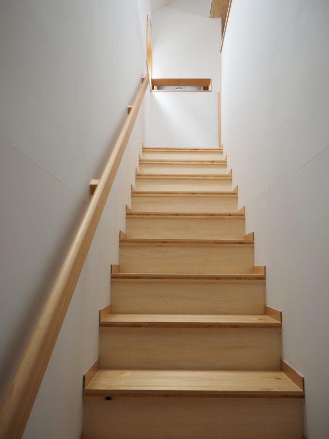 ゆとりある階段