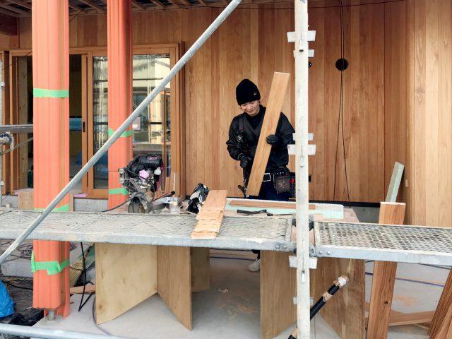 外壁の板張り(木造施設現場にて)