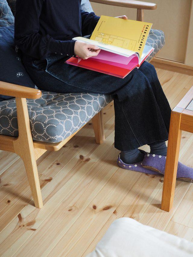 MARUNI COLLECTION × minä perhonenのソファは奥様お気に入り。