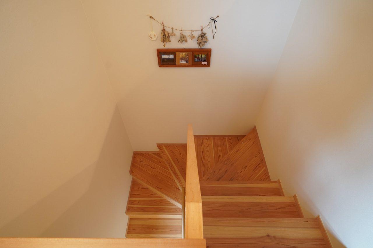 1坪階段(上部より見下ろす)