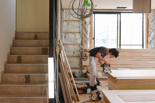 大工の中山和弘さん。善弘さんの息子さんで、相羽建設の現場で一緒に活躍してくださっています。