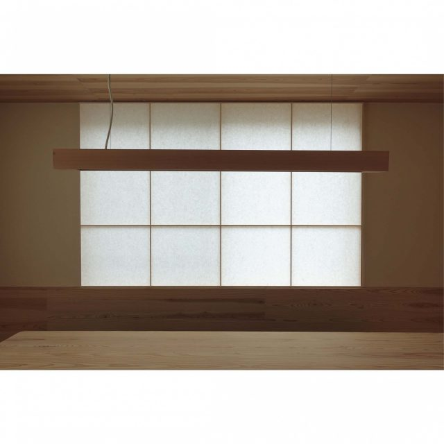 自然光の入る窓