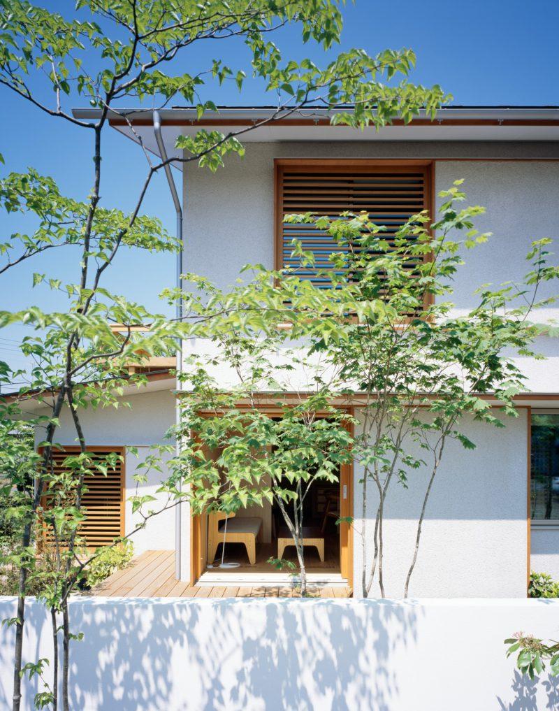 住むチカラを育む、小さな家「i-works」(設計:伊礼智設計室)