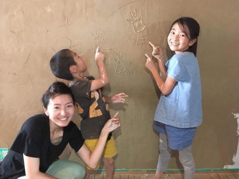 壁に手形や身長を刻めば成長の記念に!