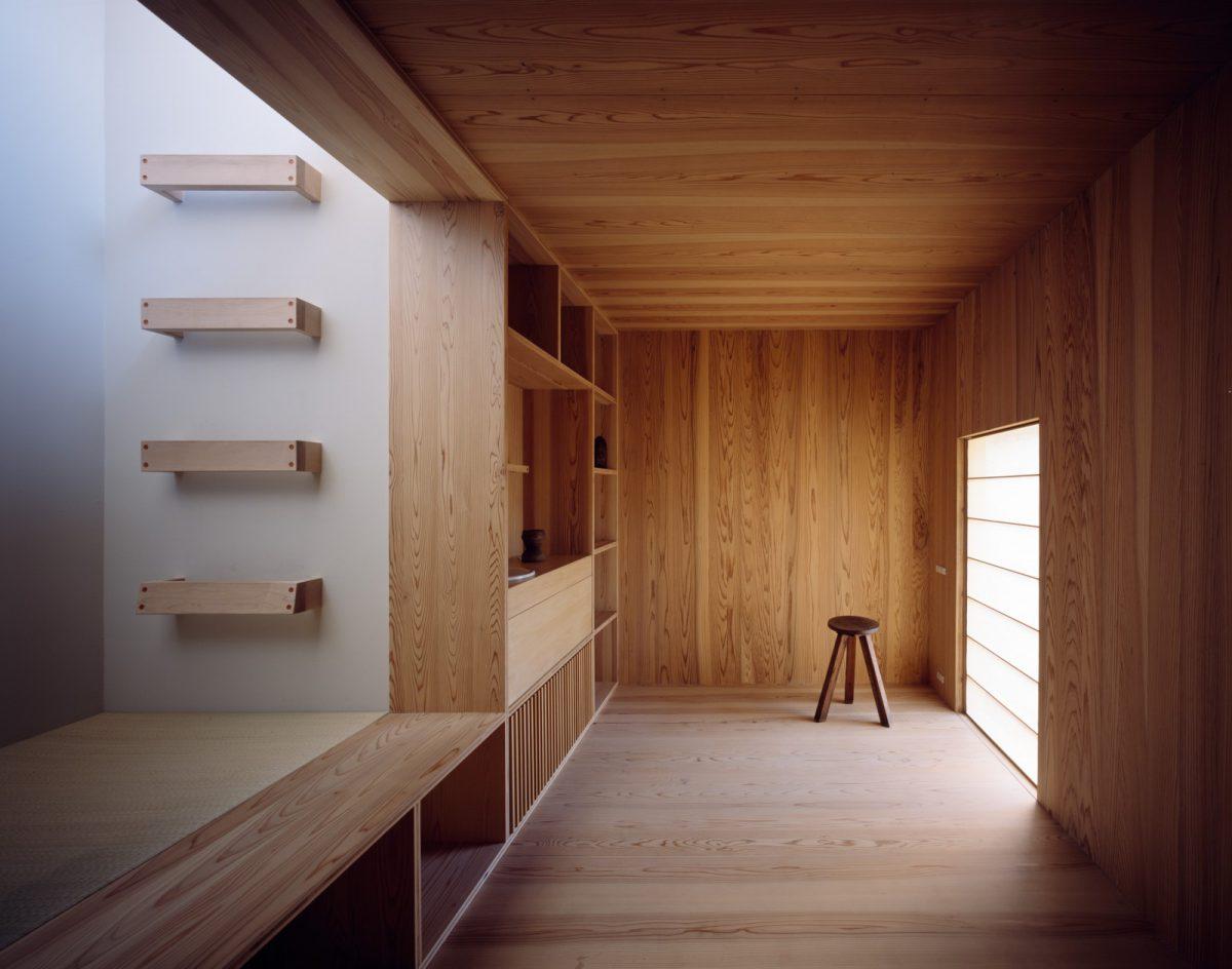 舎庫の内部