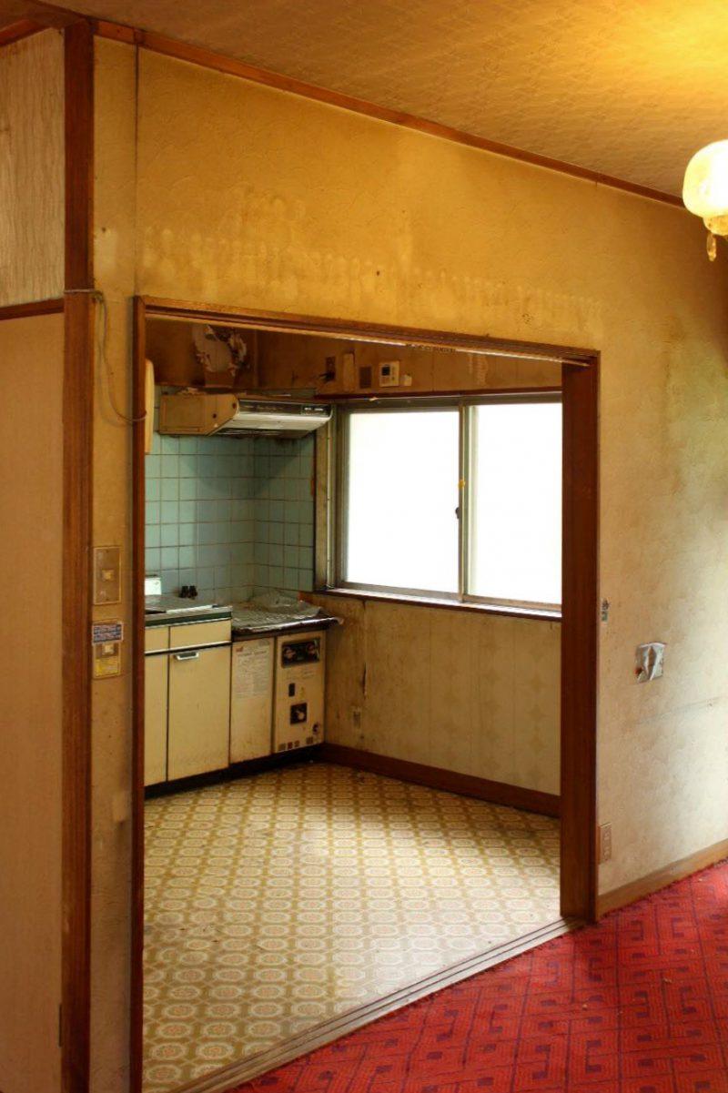 工事前の1階。当初、キッチンは1階にあったがリノベーションにあわせて2階のLDKへ移動した。