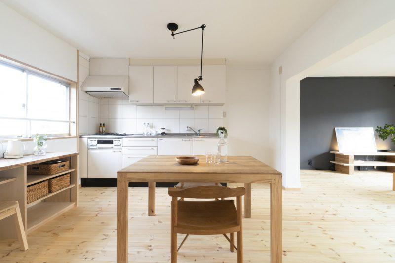 キッチンは既存を利用。