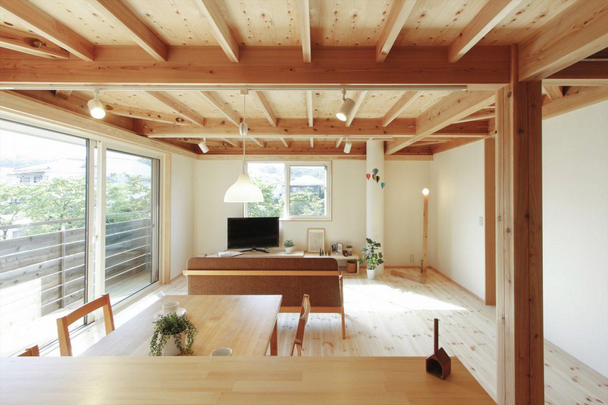 1区画:2階リビング…ゆったりとした木の空間