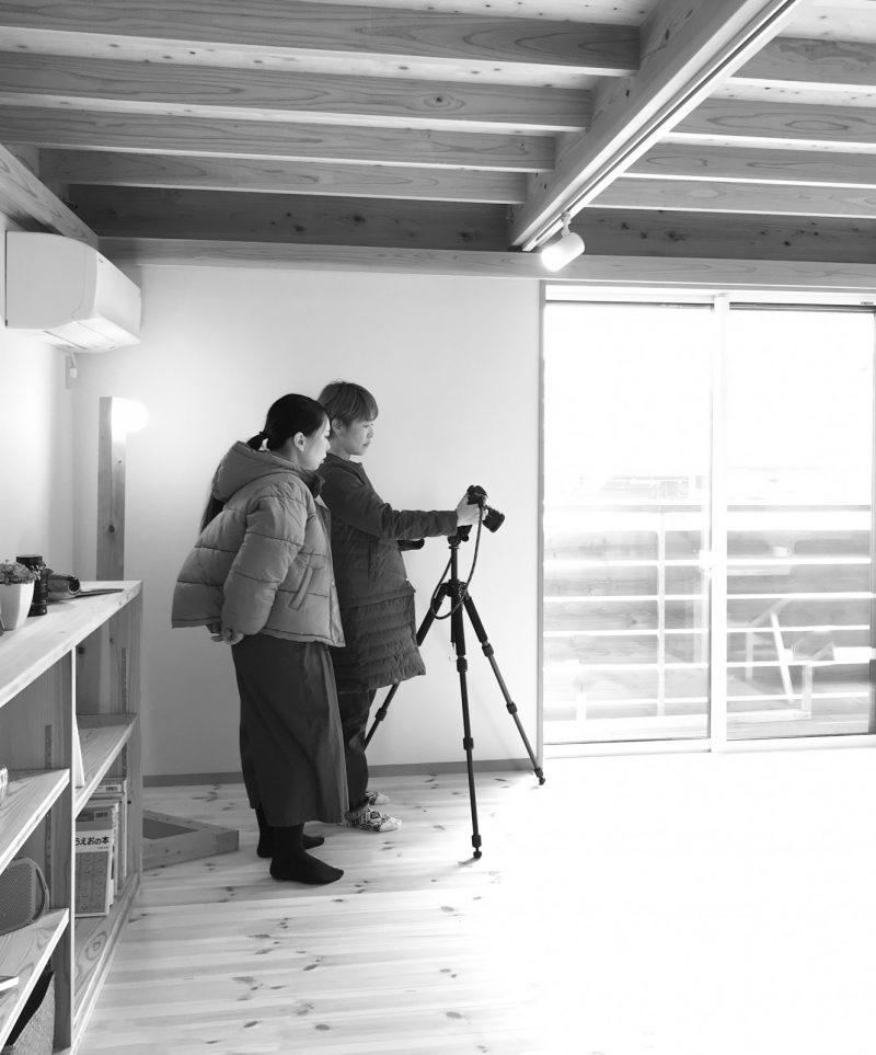 (株)文化工房「エコジン」編集部の御手洗さんとカメラマンの千倉さん。丁寧に取材いただき本当にありがとうございます!