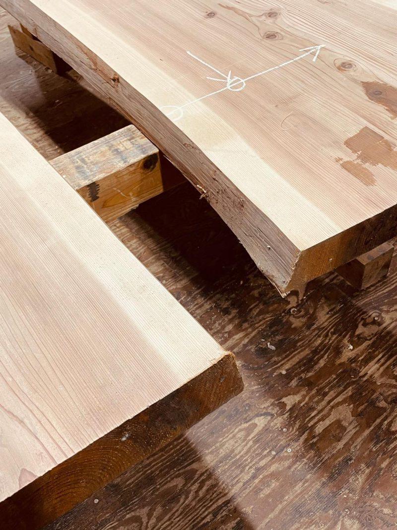 2階の家具に用いられた板材